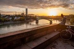 UnclePete / Fruehmorgens ueber dem Rhein in Basel