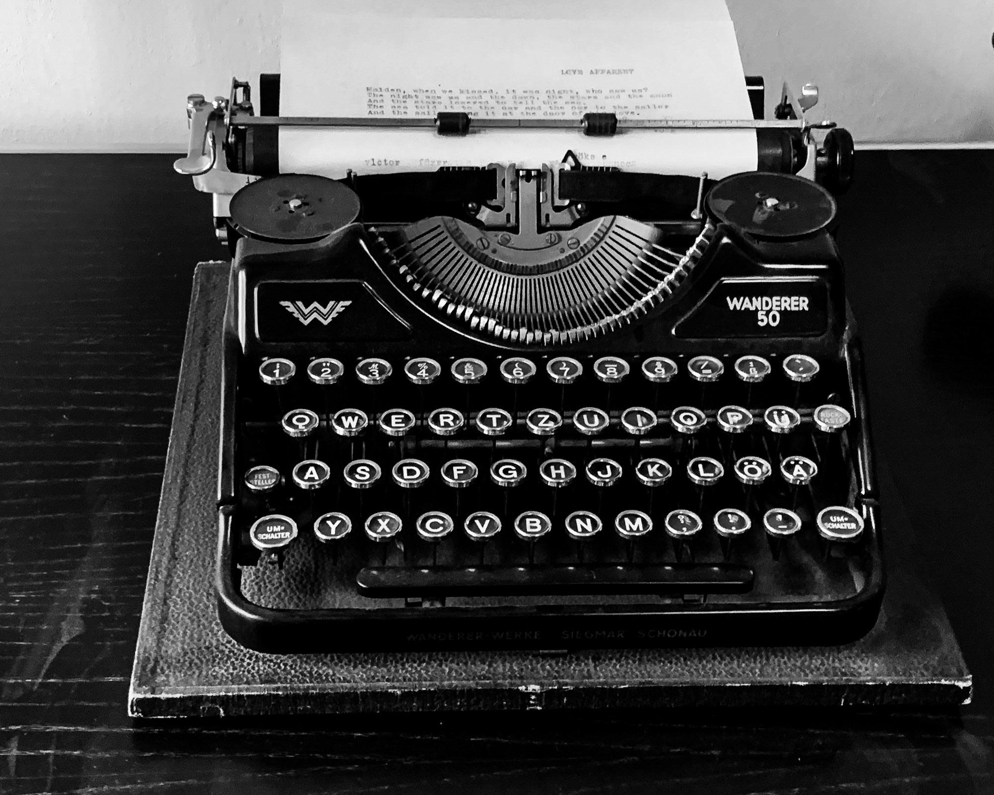 danny / Schreibmaschine