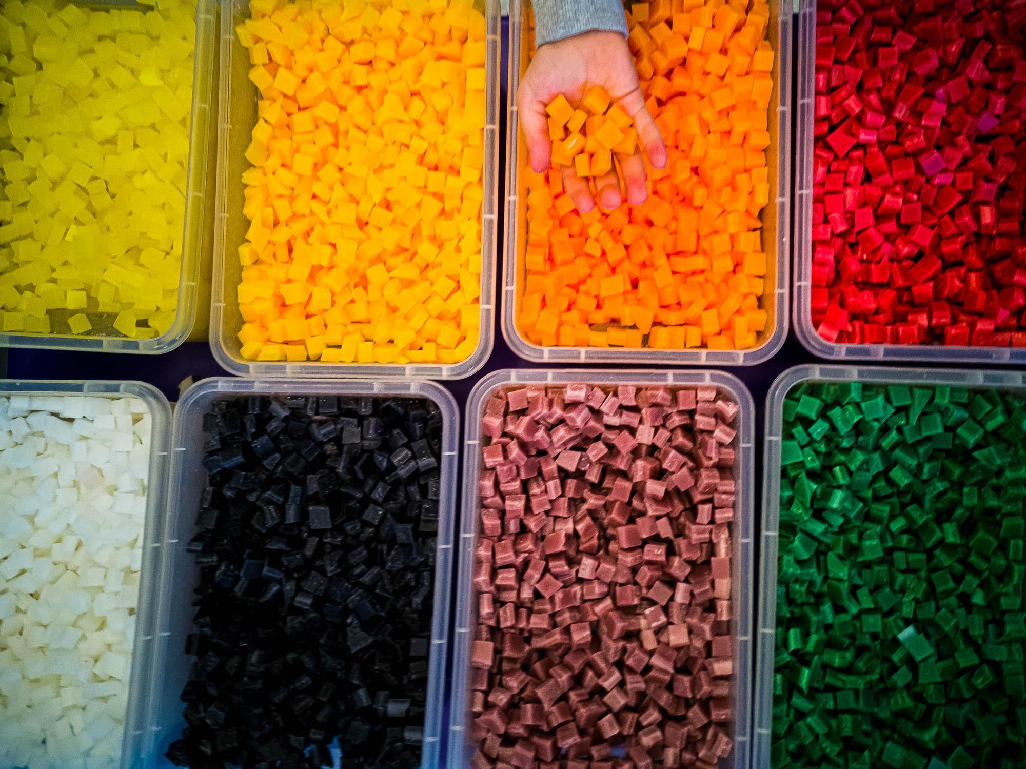 schneehaesli / True Colors