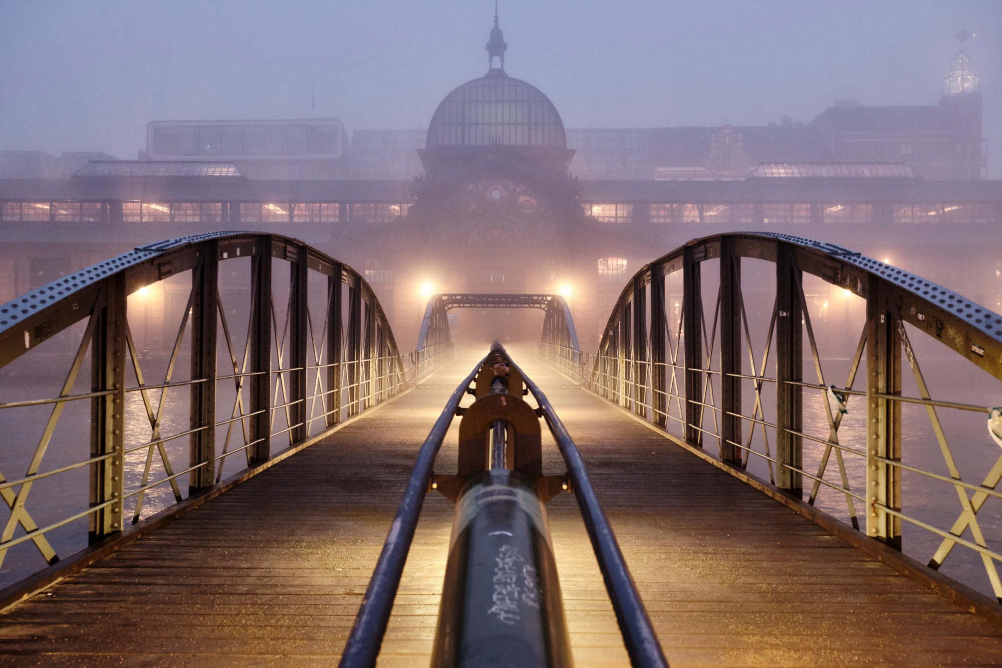 Hamburg Fischmarkt - Nebel, kalte Finger