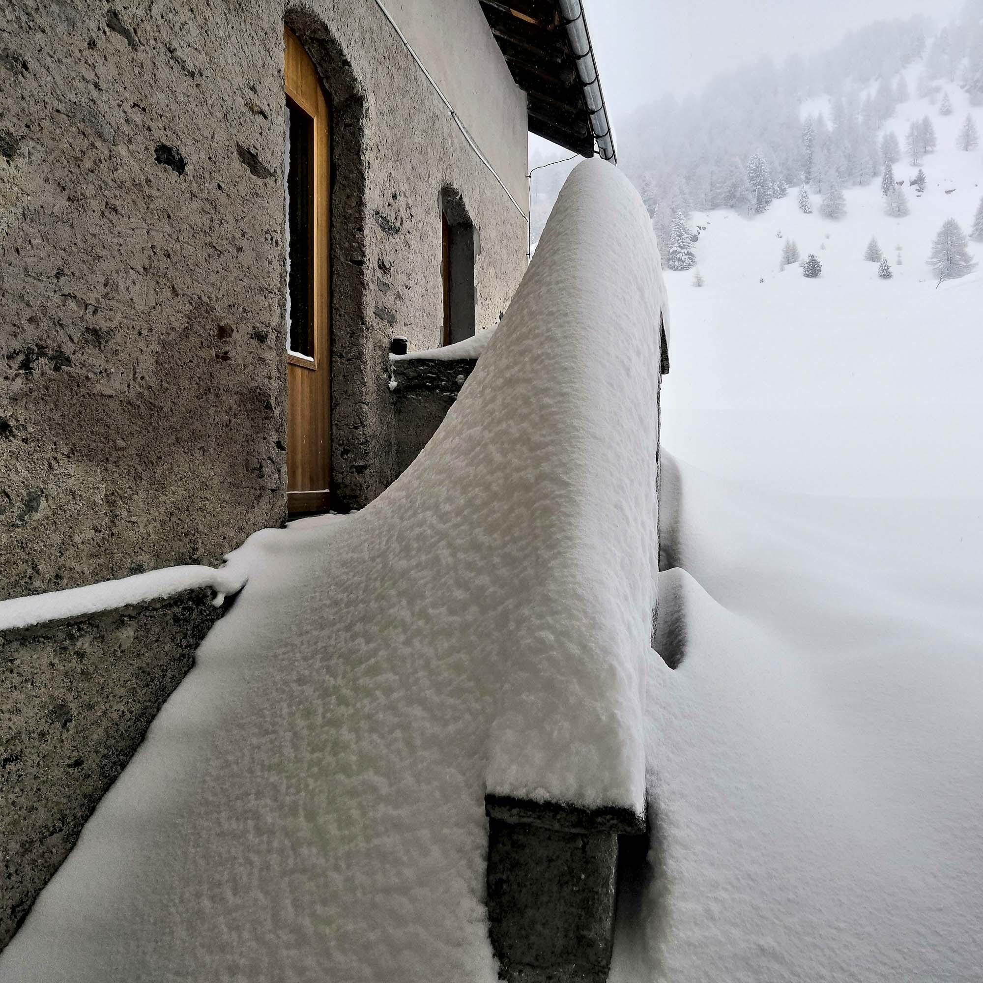 ylz / Schneetreppe
