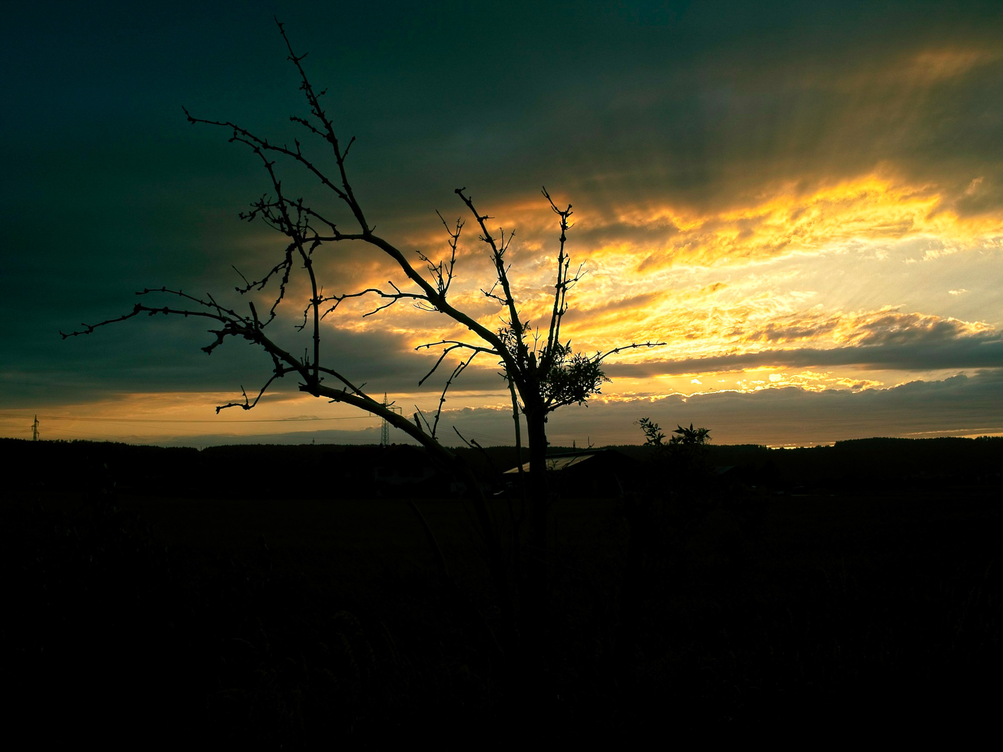 Sonnenuntergang nach dem Sturm