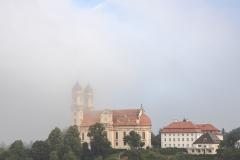 Schönenberg im Morgennebel