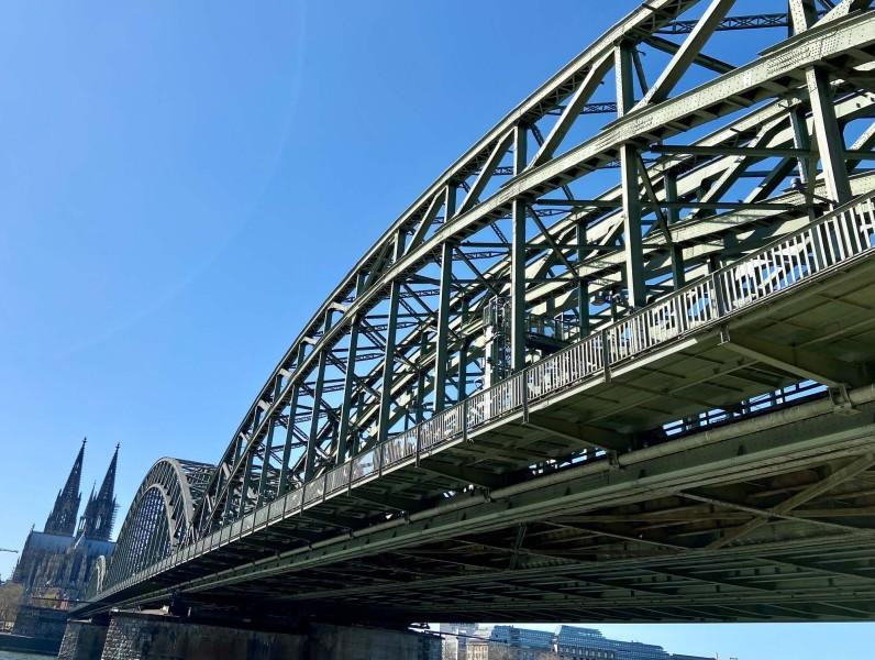 Kölner Brückengrün.12