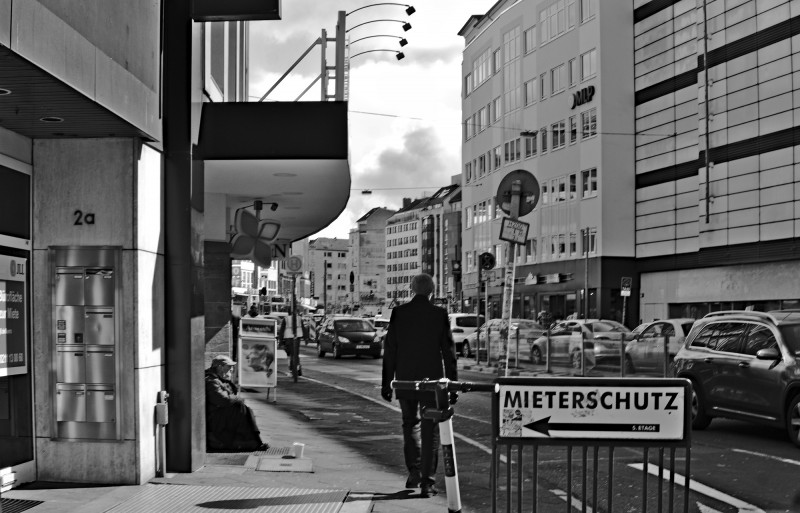 auch Düsseldorf