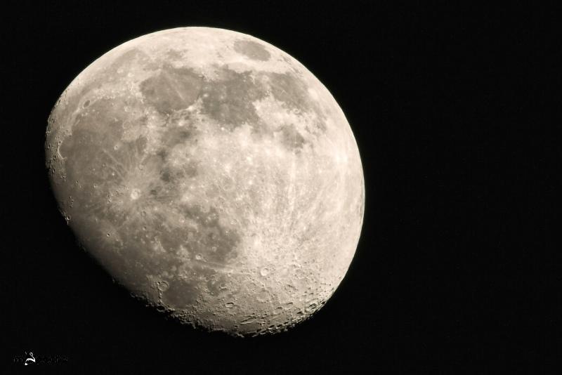 Der Mond in den Drittelpausen
