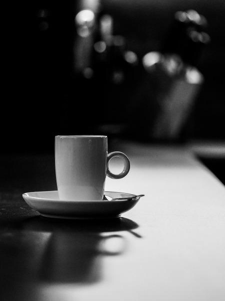 Einen Espresso bei dem schlechten Wetter, Bitte!