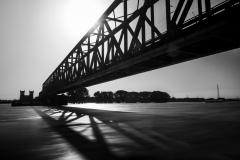 Eisenbahnbrücke über dem Rhein