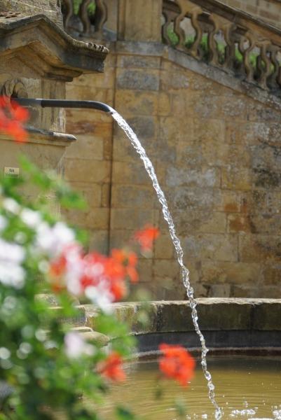 Bunter Brunnen