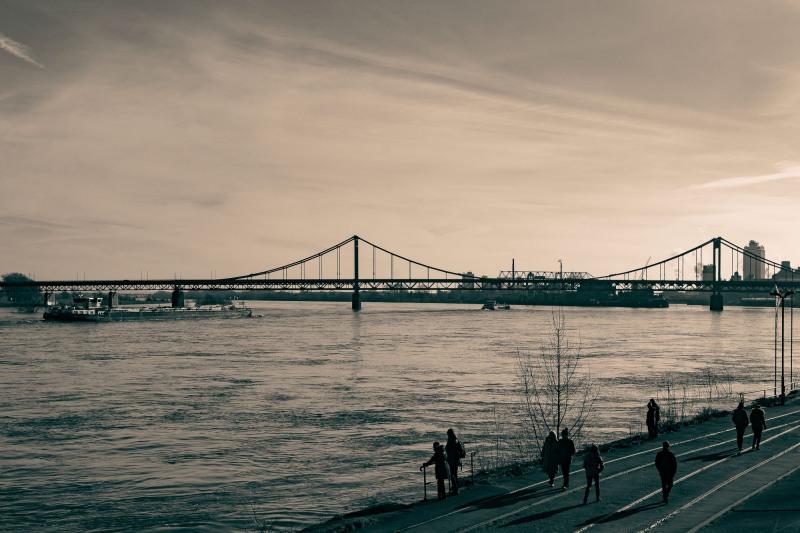 Rheinspaziergang