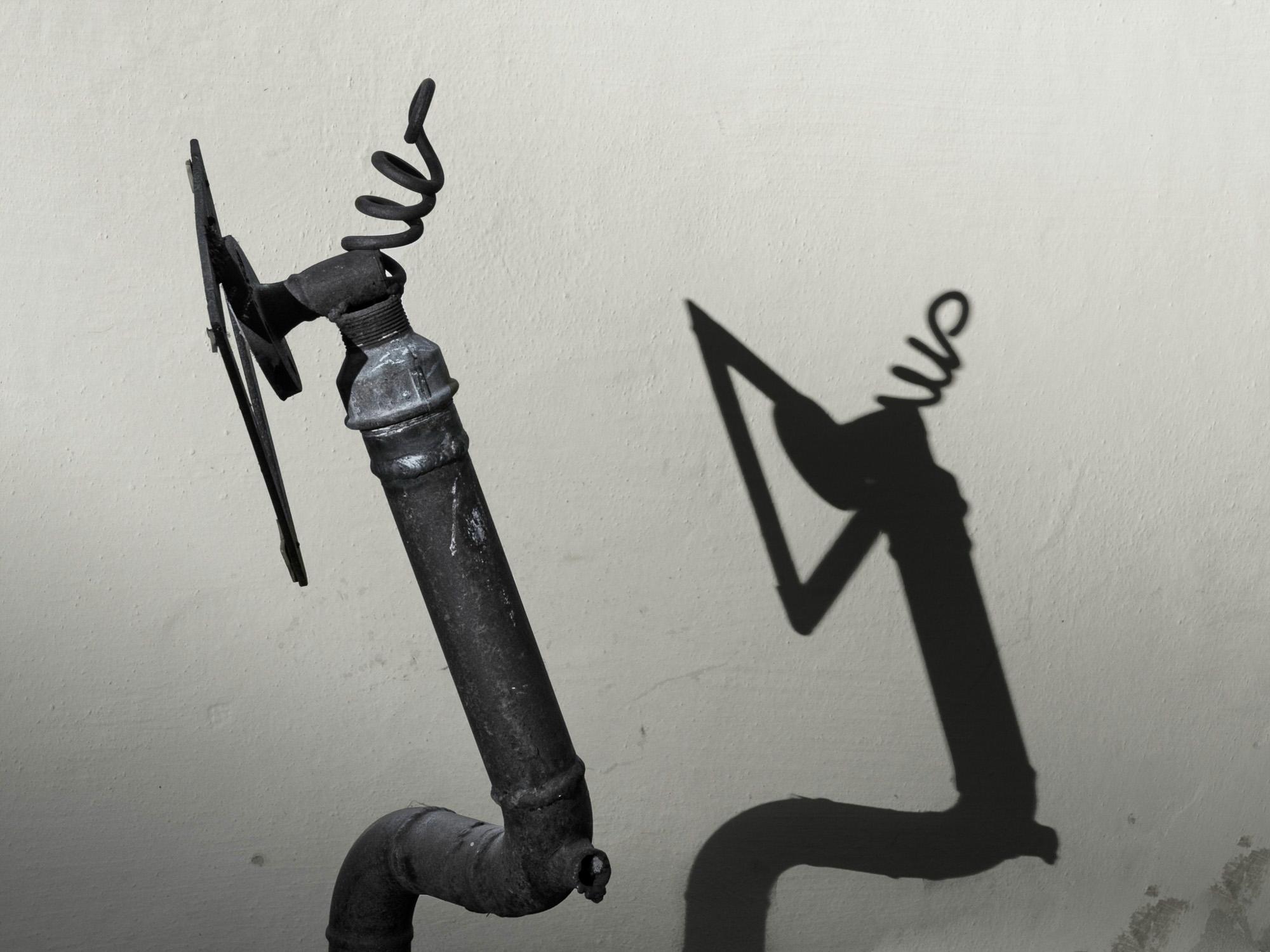 Halbes Kunstwerk mit Sprungfeder
