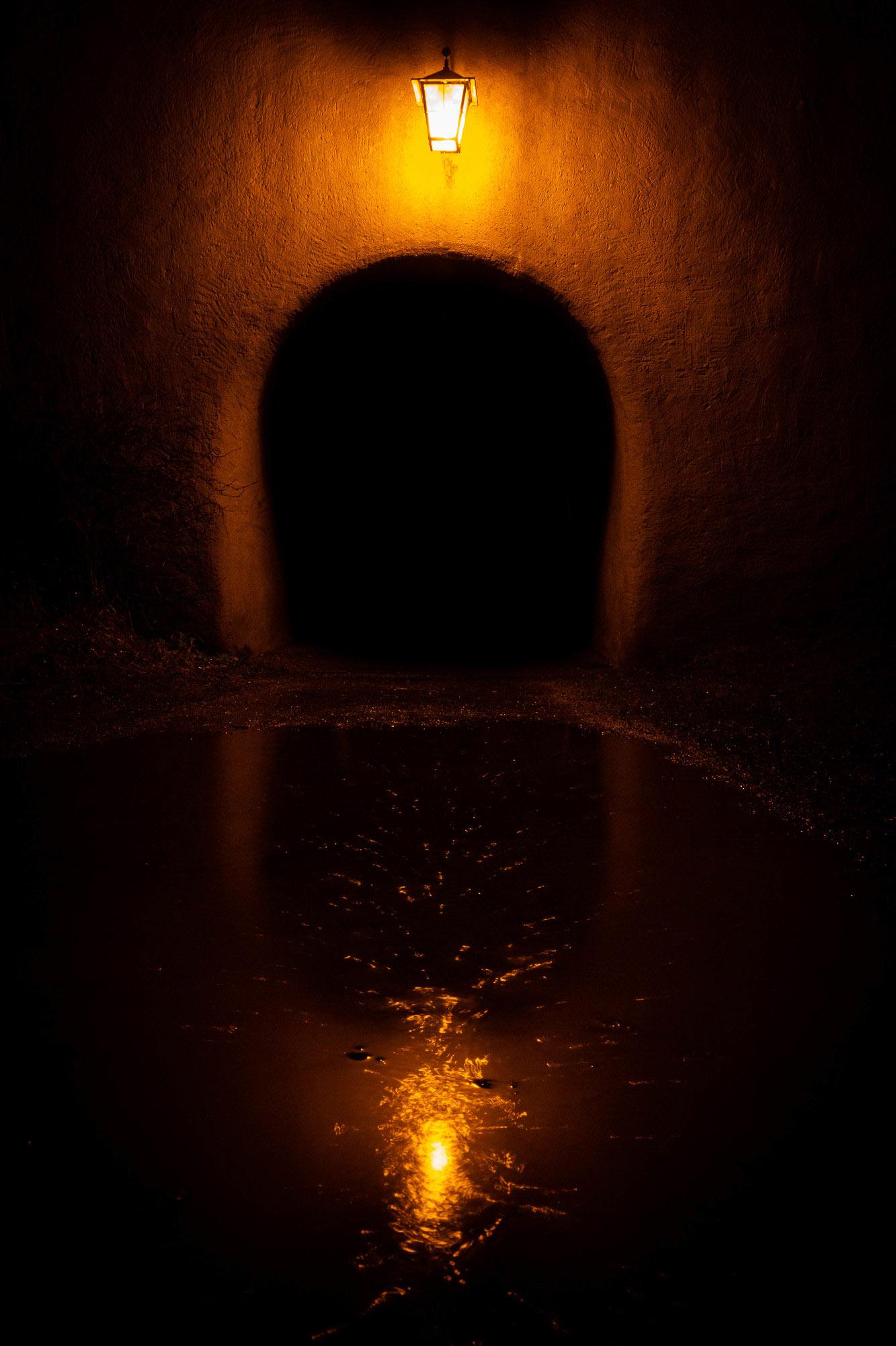 Der Tunnel ins Ungewisse