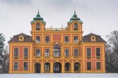 klassische Rückansicht des Schloss Favorite im Barockstil
