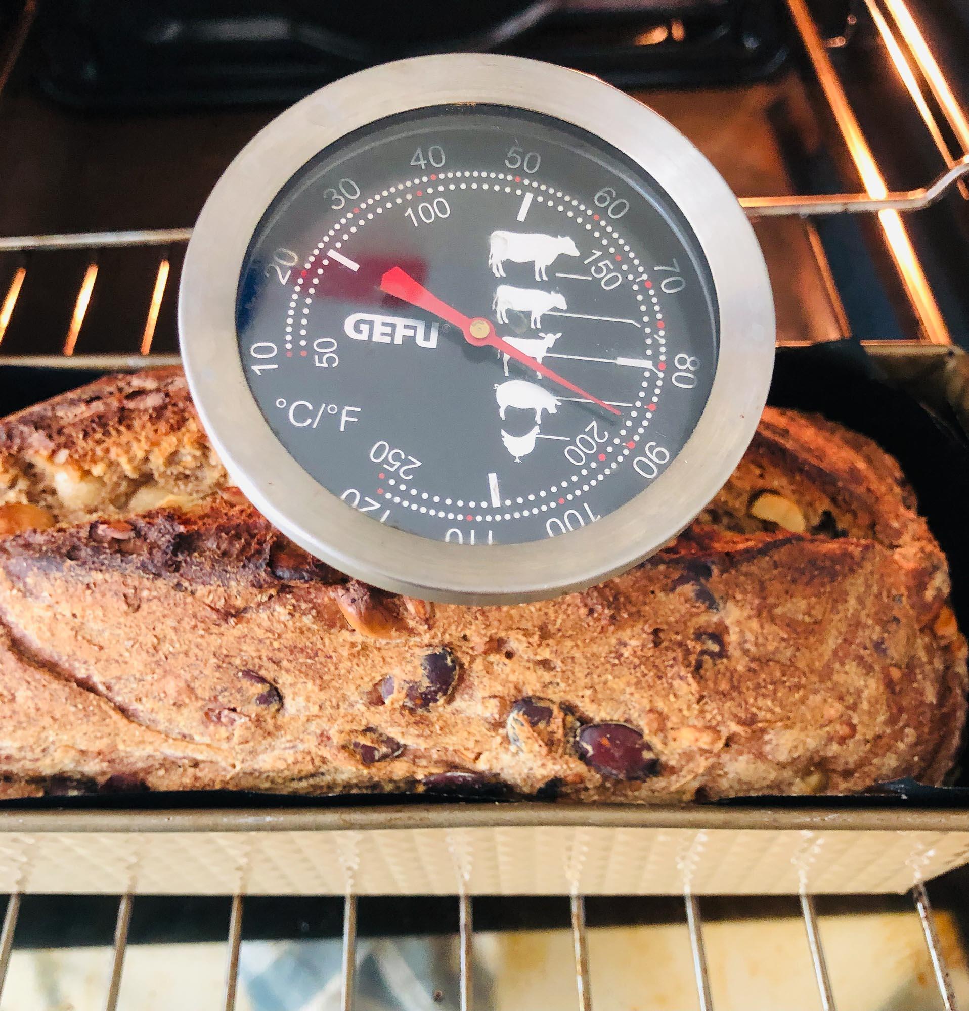 Noch nicht heiß genug im Brot