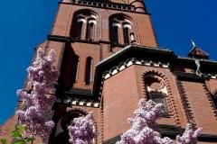 Samariterkirche im Frühjahr
