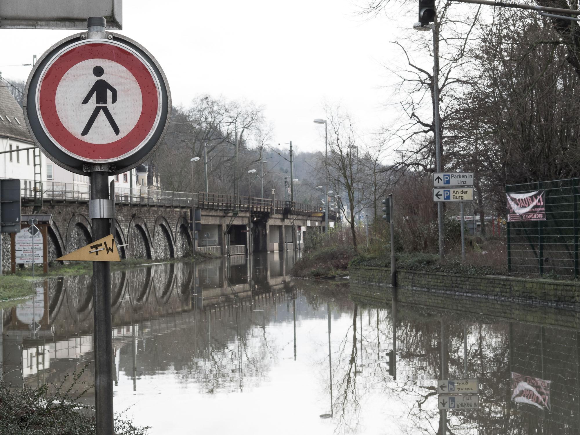 ruebyi / Hochwasser