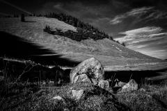 UnclePete / Findling unterhalb der Bodenschneid im Herbst
