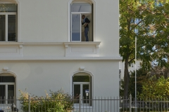 CeJot / Mann im Fenster